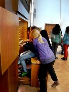 Orgel-spielen